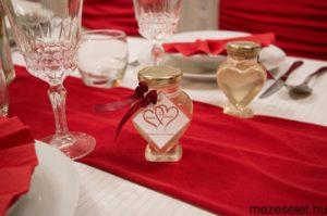 Szív alakú üveg
