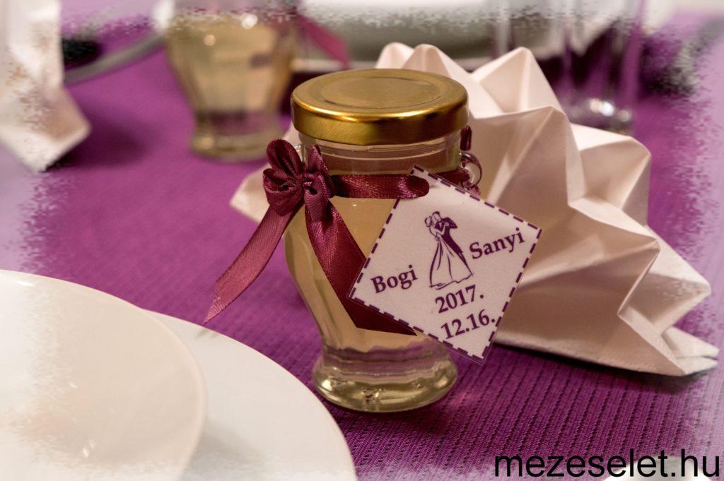 Esküvői köszönőajándék